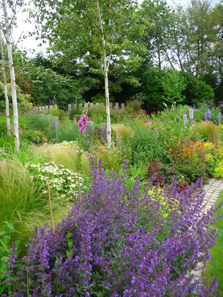 Arts and Crafts Garden